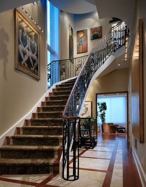 Lincoln Park Residence traditional-staircase