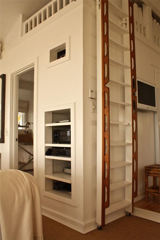 Staircase - staircase idea in Santa Barbara