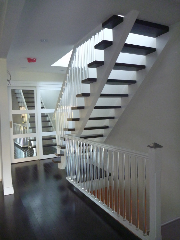 Staircase - contemporary floating staircase idea in Toronto