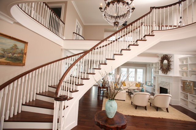 Shiela Off, CMKBD traditional-staircase