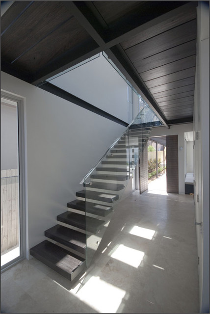 Maroubra glass steel Stair modern-staircase
