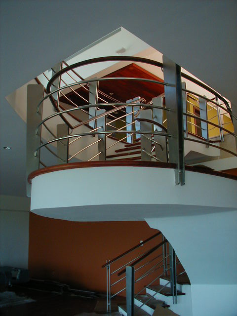 Massanet 7 contemporary-staircase