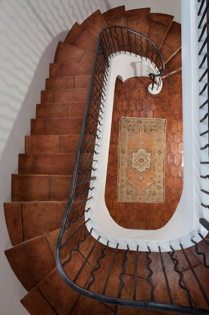 mediterranean staircase by Thomas Thaddeus Truett Architect
