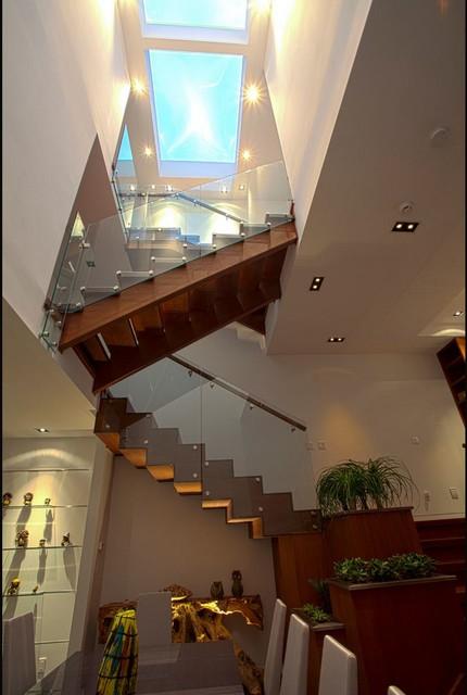 Melrose_ contemporary-staircase