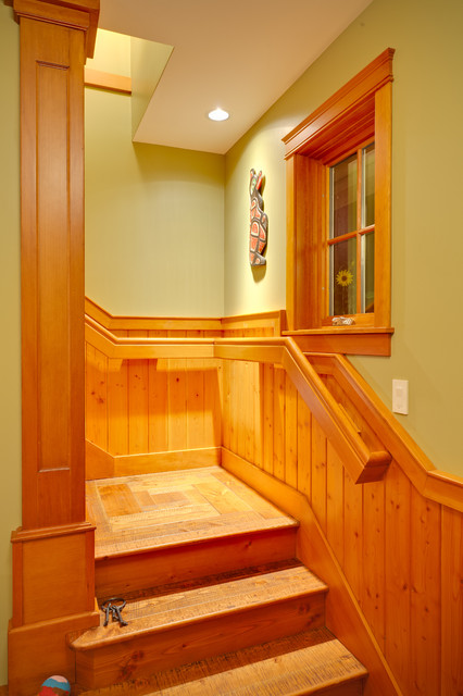Mermaid Manor traditional-staircase