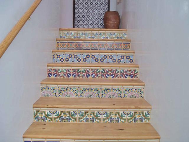 Mexican tile risers santa fe nm southwestern for Southwestern flooring