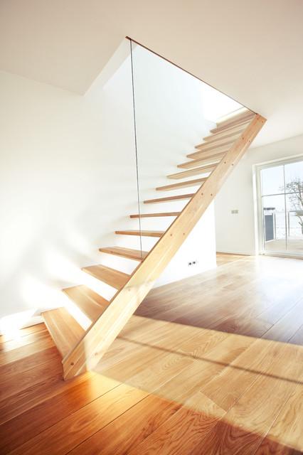 Michael Bogdanowicz modern-staircase