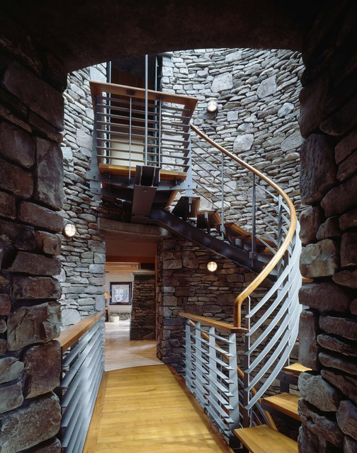 Mid Level At Stair Tower