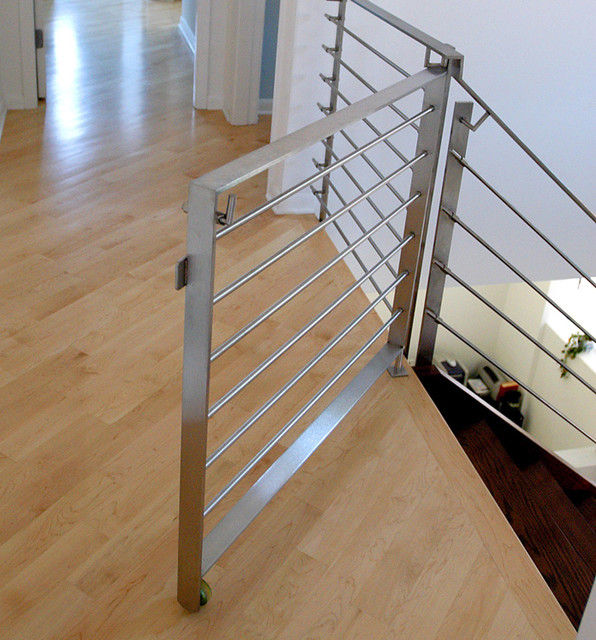 Attirant Staircase   Modern Staircase Idea In Chicago