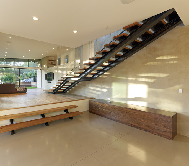 Mill Valley Contemporary SPLIT LEVEL STAIRCASE Contemporary Staircase