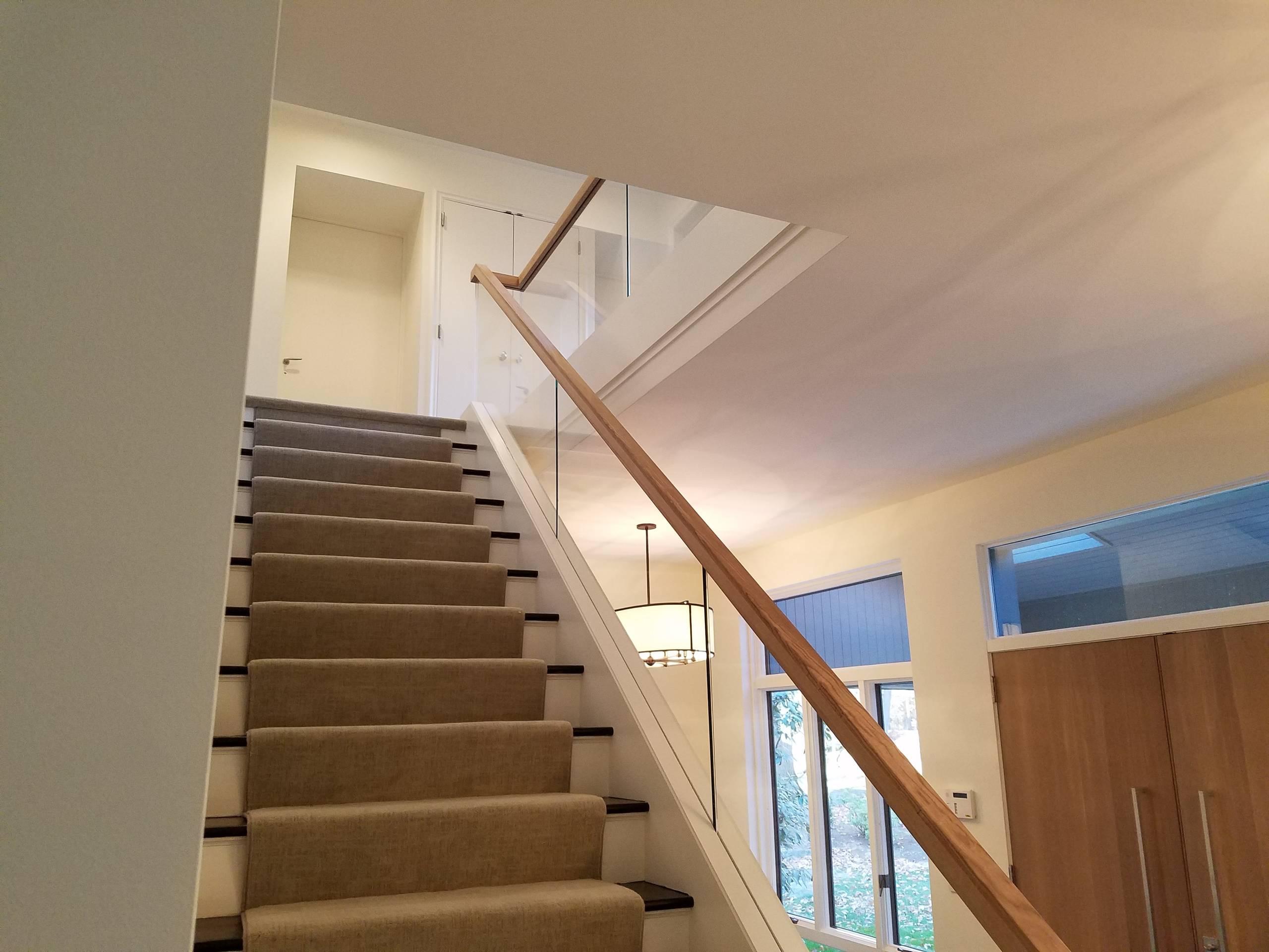 Modern Glass & Wood Railing
