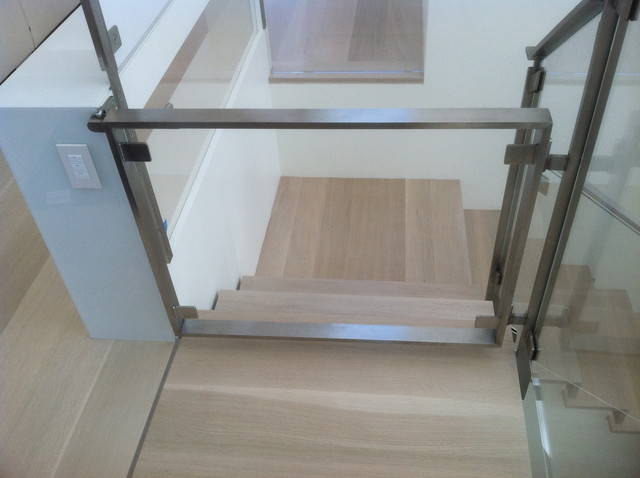 Design Ideas For A Modern Staircase In San Francisco.