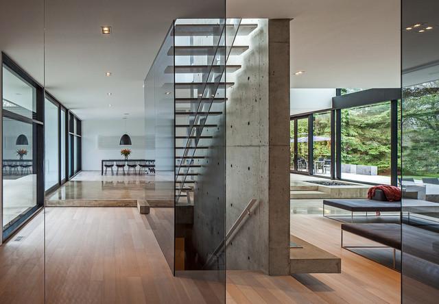 Modern Home In Oakville Ontario Modern Staircase