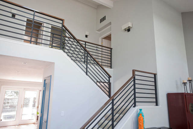 Modern House Remodel Open Staircase With Horizontal Railing Modern Staircase San Francisco By Project Guru Houzz Ie