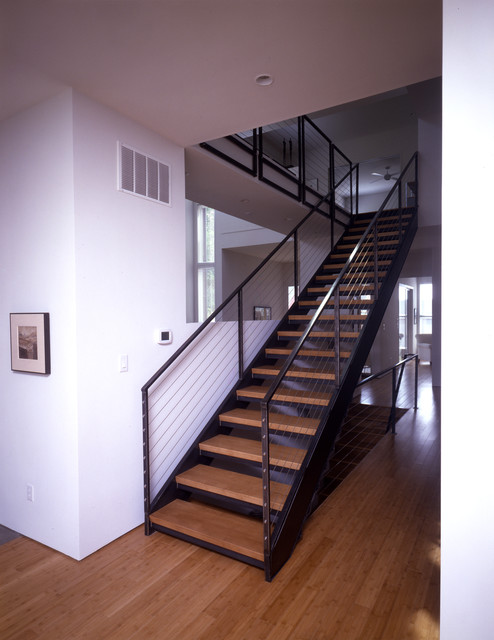 Monopoly House - Interior contemporary-staircase