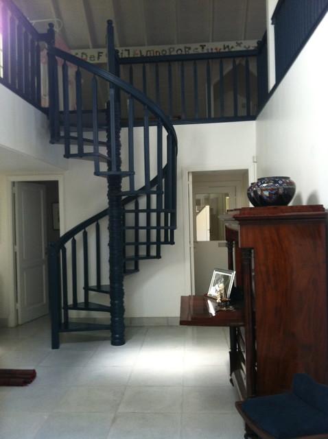 Mosconi House - San Isidro - Buenos Aires contemporary-staircase