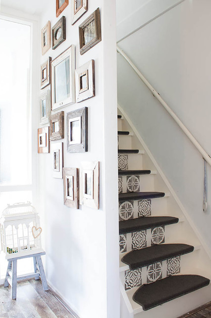 My Houzz: Revamped Flea Market Finds add personality to a Dutch home - Shabby-chic Style - Staircase - Amsterdam - by Louise de Miranda