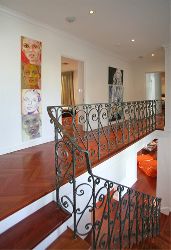 NORTH BAY ROAD RESIDENCE modern-staircase