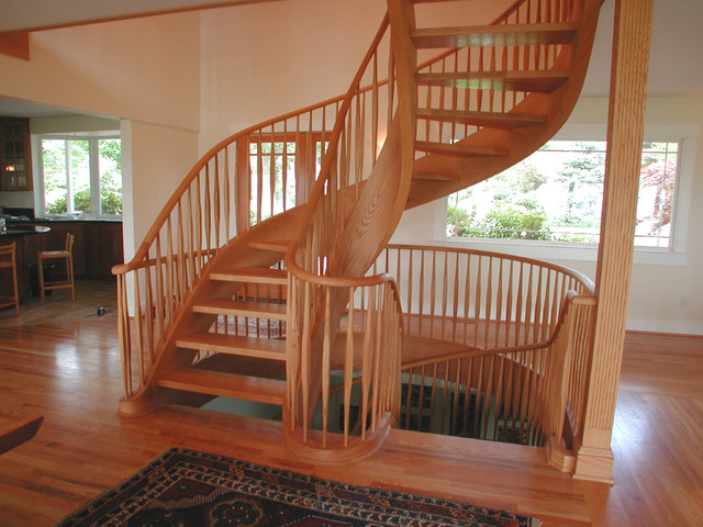 Oak Free Standing Spiral Traditional Staircase