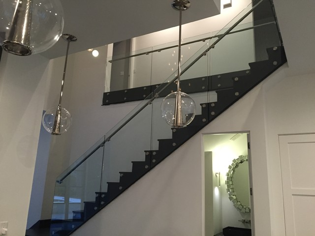 Superieur Oak Valley Project/glass Railings And Stainless Steel Handrail Modern  Staircase
