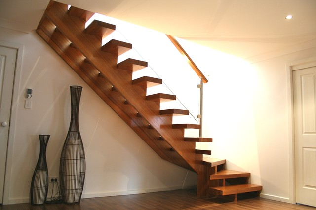 Open Cantilevered Stair With Split Cut Strings And Glass Balustrade  Staircase