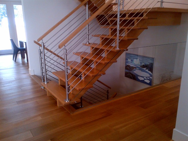 Landing ZX Series Stainless Steel Railing Contemporary Staircase