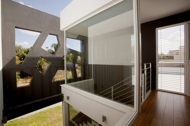 orchard house modern-staircase