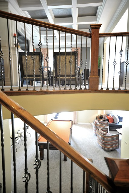 Example of a transitional staircase design in Salt Lake City