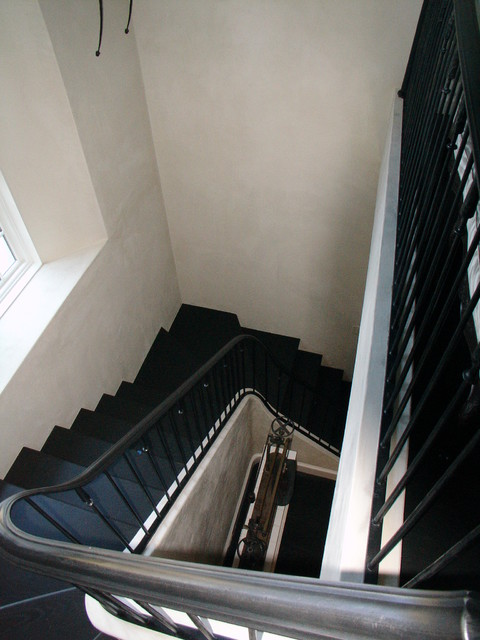 Pinehill traditional-staircase