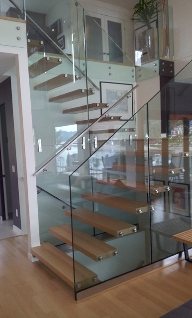 Port Moody contemporary-staircase