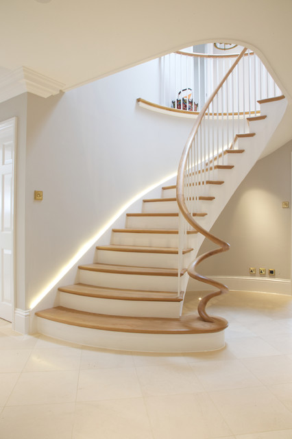 Private Residence Surrey Transitional Staircase