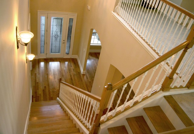 Queen's Harbour traditional-staircase