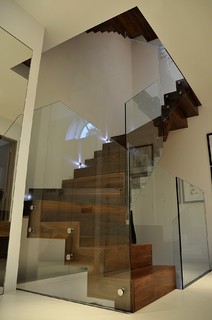 Queens Gardens - Staircase with glass balustrade