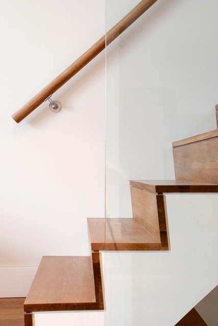 Raked Stair Tread Modern Staircase Toronto By