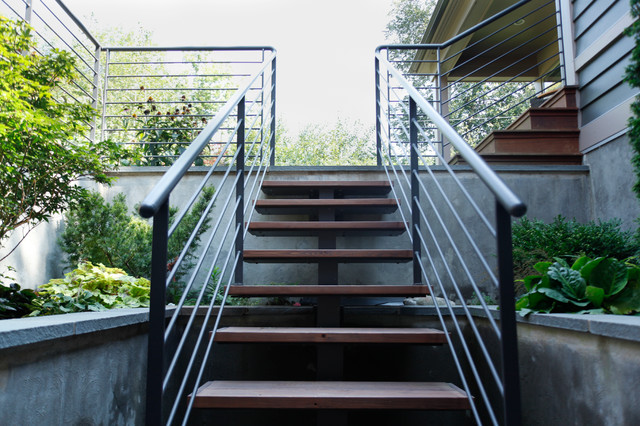 Ranch with style traditional staircase chicago by Ranch style staircase