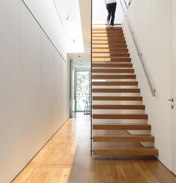 Floating Staircase Ideas: Red Oak Floating Staircase