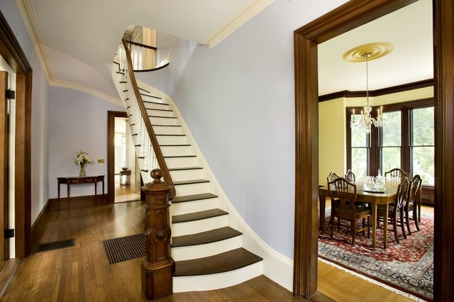 Renovation traditional-staircase