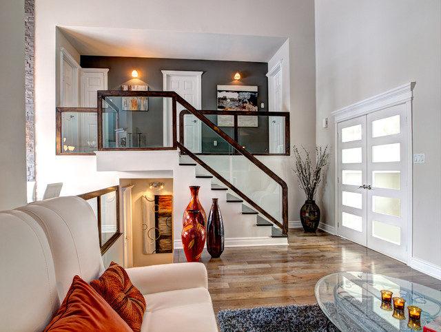 Residential Facelift Transitional Staircase Montreal