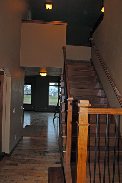 Ridgewood Models traditional-staircase