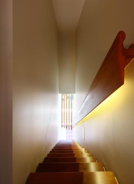 Rosalie residence contemporary staircase brisbane - Residence rosalie richard kirk architects ...