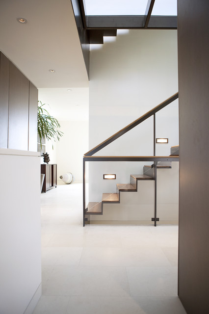 Russian Hill modern-staircase