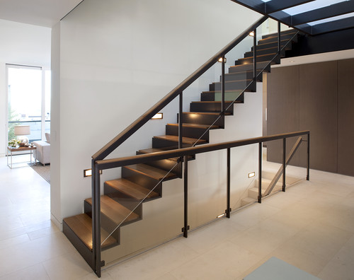 straight, two-stringer staircase with cut-profile