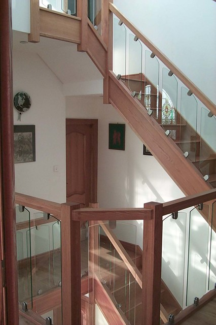 S-Vision Glass Balustrade modern-staircase
