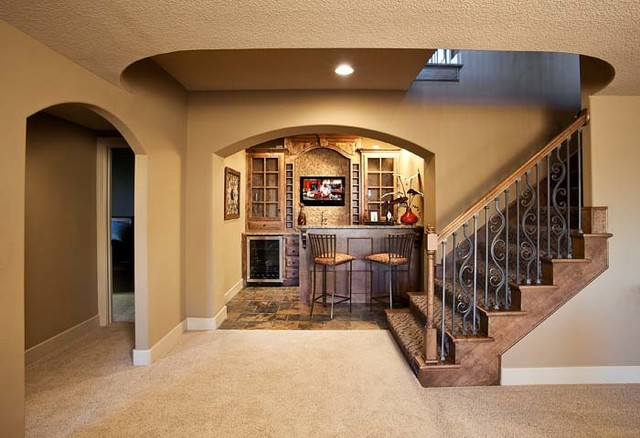 Santa Clarie, Reverse 1.5 Story - Traditional - Staircase - Kansas ...