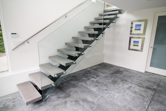 SB7 contemporary staircase