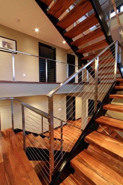 Seattle Queen Anne Modern Floating Stairway