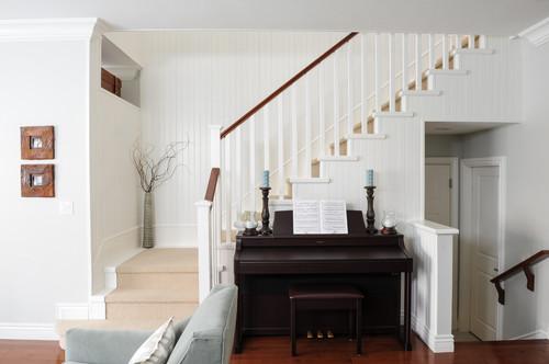 Odd Shaped Room With Nook Furniture Arrangement