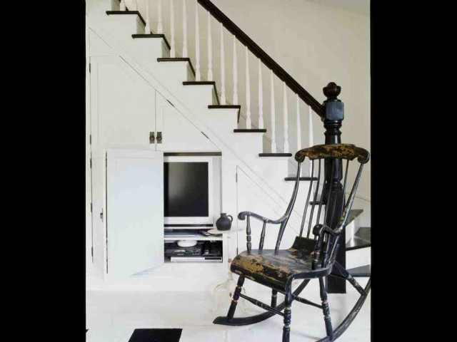 A Shelter Island fisherman's cottage beach-style-staircase