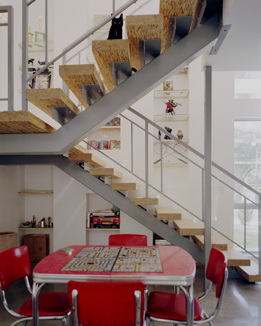 7 Ultra Modern Staircases: Side By Side