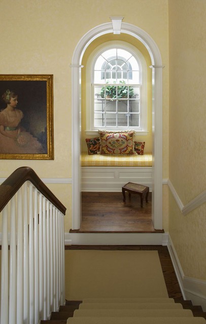 Sitting Area traditional staircase